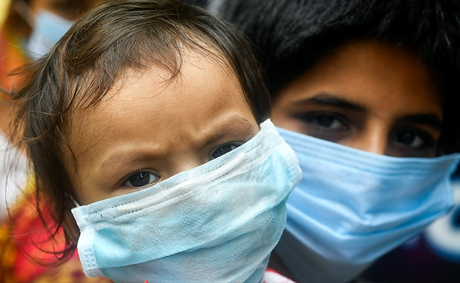 Centre Relaxes Export Norms For Face Shields, Surgical Masks, Medical Goggles