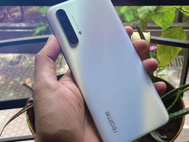 Video Realme X3 Superzoom Review Does It Have Better Zoom Than