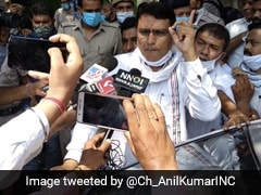 Congress Leaders Detained By Police Ahead Of Protest March In Delhi