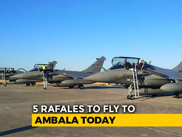 """Video : 5 Rafales To Land In India Today, Will Join IAF's """"Golden Arrows"""" Squadron"""