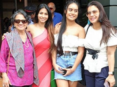 "Tanuja, Kajol, Tanishaa Mukerji And Nysa Devgn In The Mother Of All Throwbacks From ""Pre-COVID Times"""