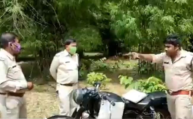 Watch: 'You're Criminal, Not Ranger,' Guard Rebukes Rangers Over Bamboo Cutting In Chhattisgarh