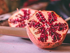5 Amazing Ways To Use Pomegranate To Keep Your Skin, Hair Beautiful