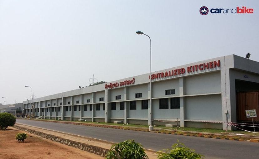 टोयोटा की दोनों फैक्ट्री कर्नाटक में बिदादी के इंडस्ट्रियल एरिया में स्थित हैं