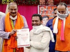 """Only Chief Guest"": BJP On Leader's Photo With Man Accused Of UP Cop Murder"