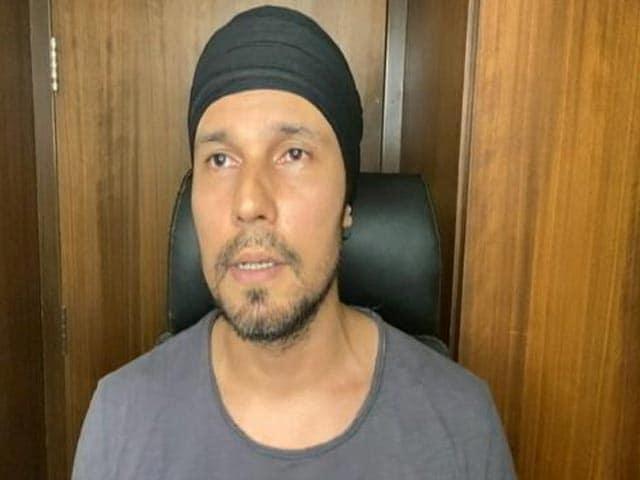 Video : Sewa Teaches Humility: Actor Randeep Hooda on #DilSeSewa Telethon