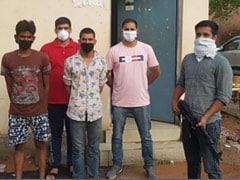 हथियारों की सप्लाई करने वाले दो बदमाश गिरफ्तार, 10 पिस्टल और कारतूस बरामद