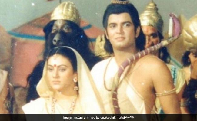 Sita And Lakshman In A Ramayan Throwback, Courtesy Dipika Chikhlia