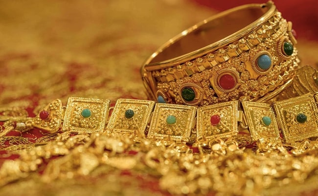 Gold Prices Today Rise Marginally, Silver Gains