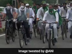 Bihar's RJD Celebrates Foundation Day, Tejashwi Yadav Leads Bicycle Rally