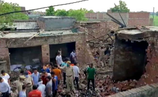 गाजियाबाद में बड़ा हादसा, मोमबत्ती फैक्ट्री में आग लगने से 7 लोगों की मौत