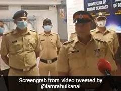 मुंबई: Covid-19 के चलते मां को खो दिया था, अब दूसरों की ऐसे जान बचा रहा मुंबई पुलिस का यह जवान