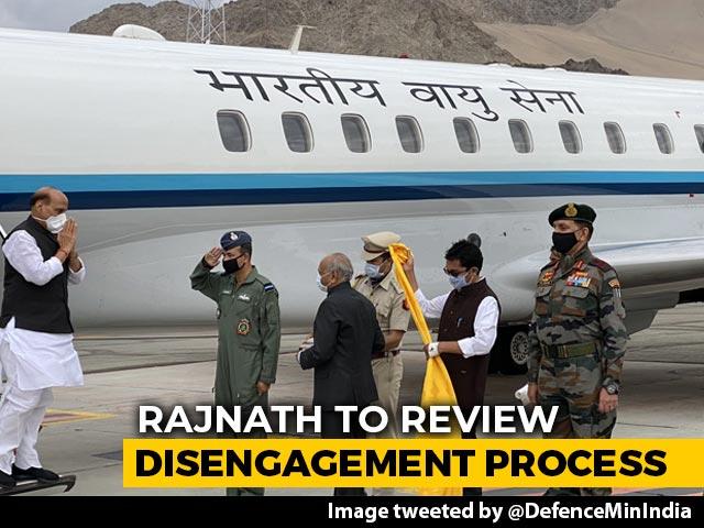 Video : Defence Minister Rajnath Singh In Ladakh Amid India-China Disengagement