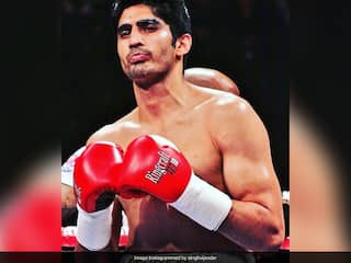 Artysh Lopsan Beats Vijender Singh, Ends The Indians Undefeated Run