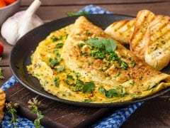Give Your Breakfast A Delish Upgrade With This Cheese Onion Omelette