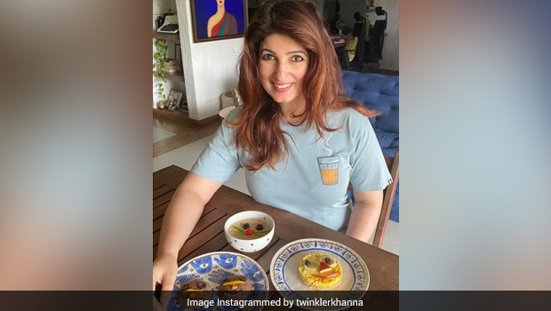Twinkle Khanna's Cute Homemade 'Emoji' Dish For Kids Will Make You Smile