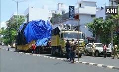 This Massive 64 Wheel Truck Took 1 Year To Reach Kerala From Maharashtra