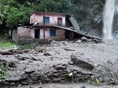 Elderly Woman Carried On Makeshift Stretcher To Hospital In Uttarakhand
