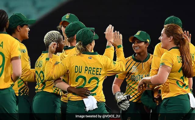 South African women squad 3 members preparing for England series test positive