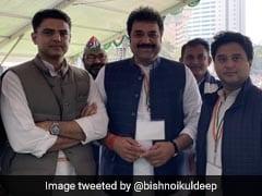 कांग्रेस के वरिष्ठ नेता ने कहा, सिंधिया और पायलट के साथ हुए व्यवहार से पार्टी कार्यकर्ताओं में बहुत निराशा