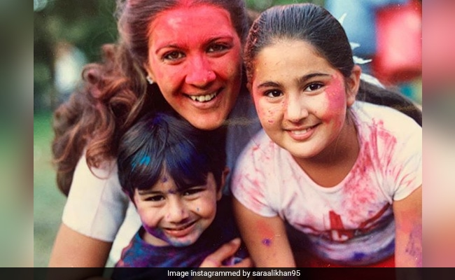 'Mommy So Young I Almost Forgot Her': Sara Ali Khan, Ibrahim, Amrita Singh In Cutest Throwback
