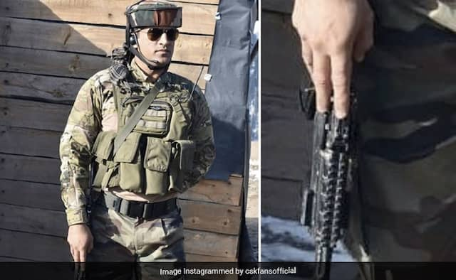 MS Dhoni Army picture goes viral on his Birthday