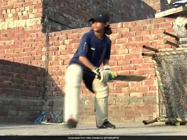 Babar Azam Shares Tips With 8-Year-Old Fan Who Impressed With Her Batting