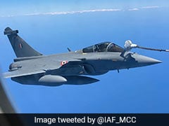 One For The Road: Air Force Shows Rafales Re-Fuelling Mid-Air On Way Home