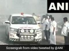 तमिलनाडु के मंत्री ने दी कोरोना को मात, स्वागत में कार्यकर्ताओं ने उड़ाईं सोशल डिस्टेंसिंग की धज्जियां