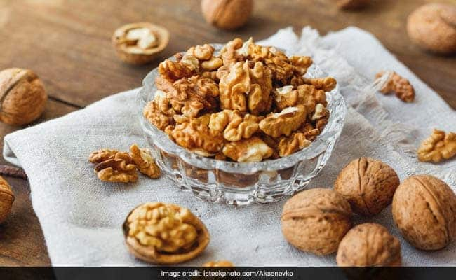Heres Why You Must Start Your Day With These Soaked Nuts