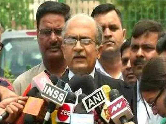 Video : Top Court Notice To Prashant Bhushan, Twitter On Tweets Against Judiciary