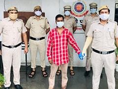 दिल्ली के निहाल विहार में दो बच्चों और पत्नी की हथौड़े से नृशंस हत्या का आरोपी गिरफ्तार