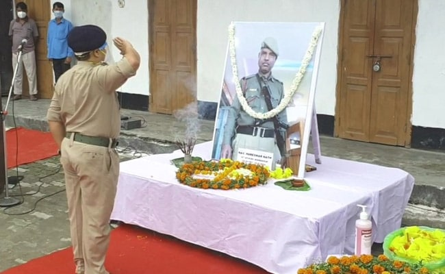 Assam Police's Last Salute To State's 1st COVID Warrior Who Died Of Virus