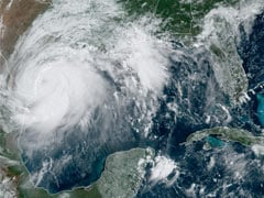 Storm Hanna Strengthens Into Hurricane, Heads Towards Texas In US