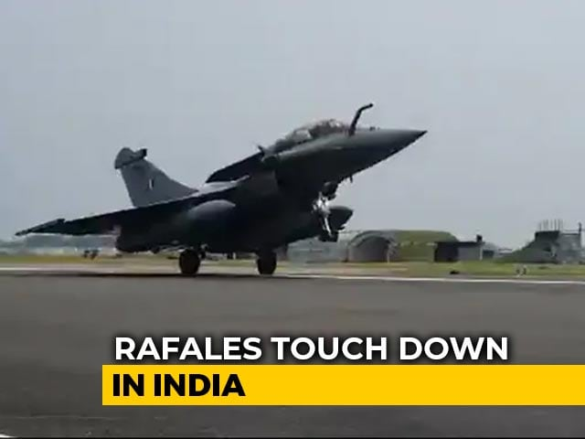 Video : Watch: Rafale Fighter Jet Lands At Ambala Air Base