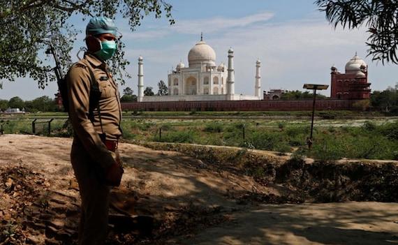 Taj Mahal Briefly Shut, Tourists Evacuated After Bomb Hoax