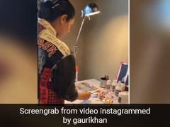 गौरी खान क्वारंटीन में घर पर पेंटिंग बनाती आईं नजर, Video हुआ वायरल