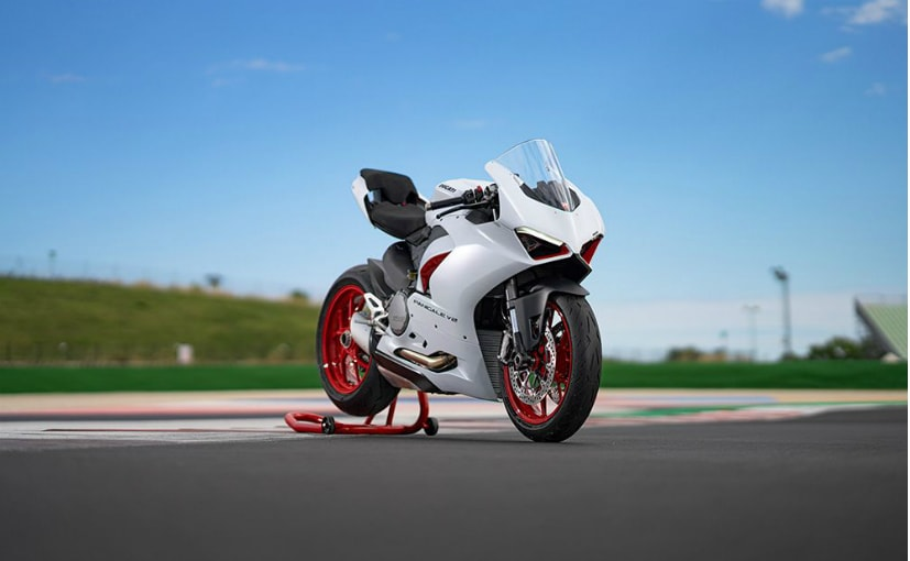 The Ducati Panigale V2 is introduced in a White Rosso