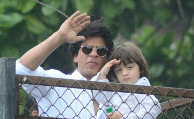 Eid Mubarak From Shah Rukh Khan And AbRam. 'Everyone Give Yourself A Hug,' Writes The Actor
