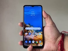 Moto G9 Impressions: First Phone With Snapdragon 662   Price in India Rs. 11,499