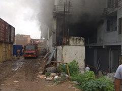 दिल्ली : ओखला के एक गोदाम में लगी आग, फायर ब्रिगेड की 10 गाड़ियां मौके पर