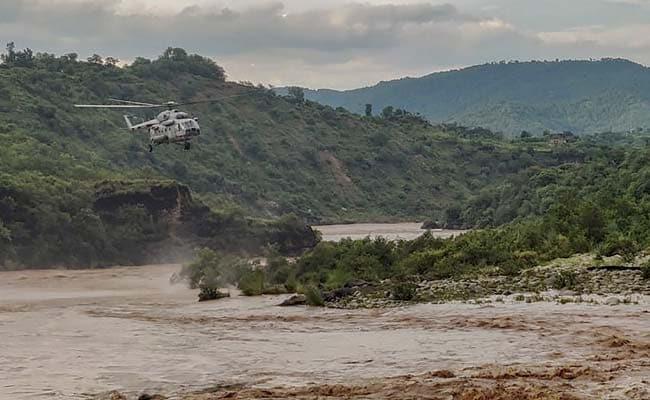 Heavy Rain Hits Normal Life In Jammu And Kashmir