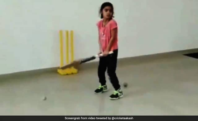 IPL 2020 Indian Girls Helicopter Shots Have Twitter Thinking Of MS Dhoni Watch video