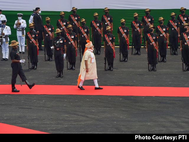 """Video : """"Neighbours Not Only Those Who Share Border..."""": PM At Red Fort"""