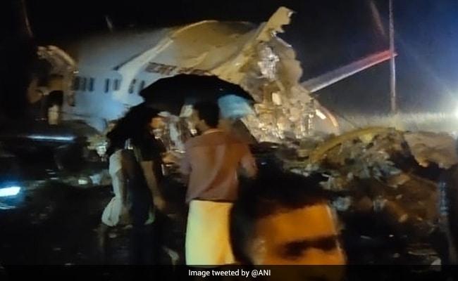 Air India Dubai Kozhikode Flight Updates: रनवे से फिसला एयर इंडिया का विमान