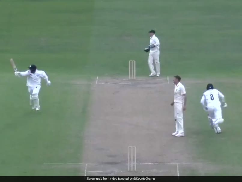 Derbyshire Register Thrilling Victory Over Nottinghamshire With One Ball To Spare. Watch