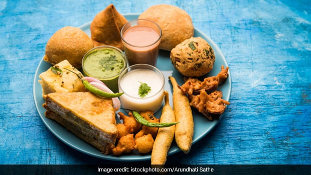 Monsoon Special: 5 Spicy Snacks To Fire Up Your Palate