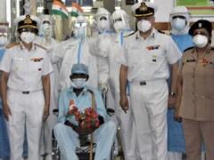 मुंबई : 98 वर्षीय रिटायर्ड सिपाही ने इस तरह दी कोरोना को मात