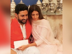"""Hang In There"": Shweta Bachchan Nanda's Message For Coronavirus-Positive Brother Abhishek Bachchan"