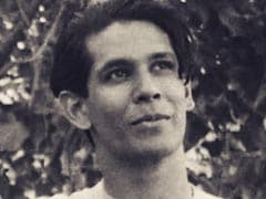 """A Pic Of Milind Soman From When He """"Was Not A Fan Of Being Photographed"""""""